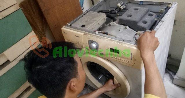 Máy giặt không vào điện