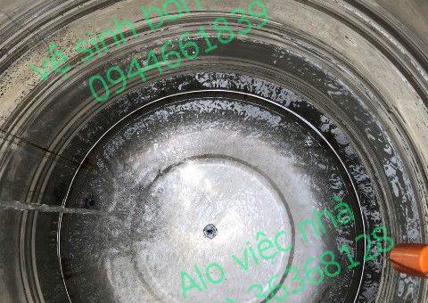 Dịch vụ vệ sinh bồn nước tại quận 5