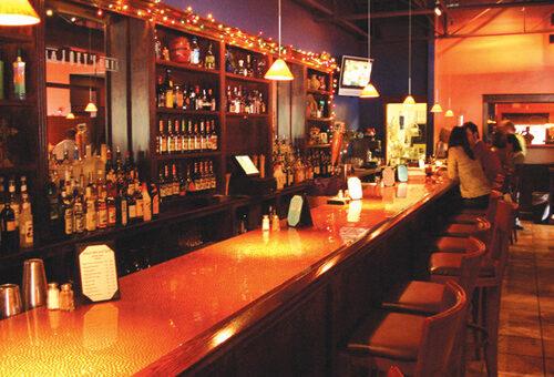 Dịch vụ lắp đặt đèn led quầy bar tại TP.HCM